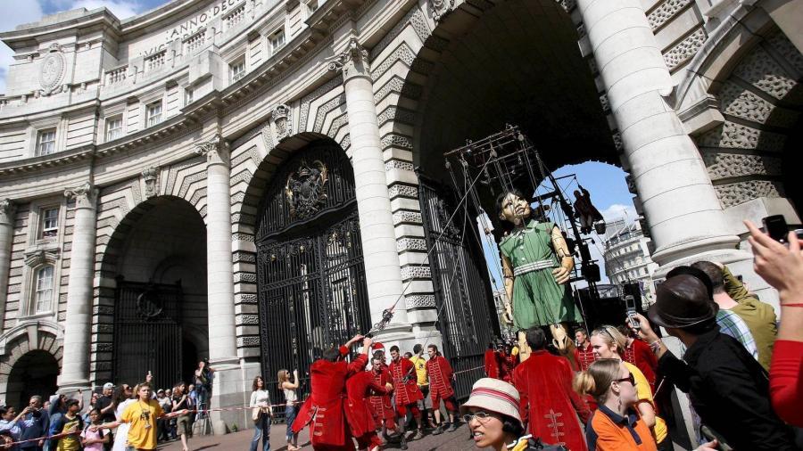 Inmobiliaria Inmobiliaria Un español pone a la venta la casa más cara de Londres por 178 millones de euros.