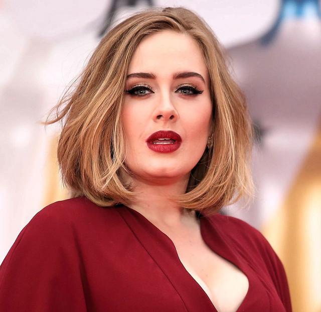 Personajes Personajes Adele posa al natural (sin maquillaje) en su Instagram y sus fans se vuelven locos