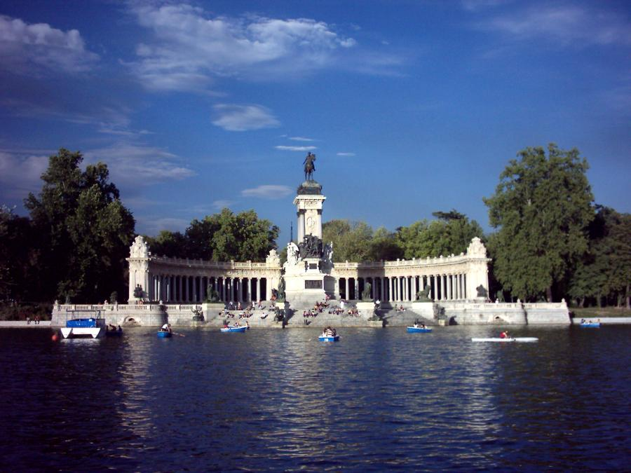Madrid LGTB Madrid LGTB Madrid. arcópoli denuncia una nueva agresión homófoba en retiro
