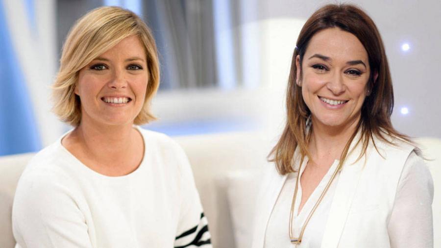 Lesbianas Lesbianas Toñi Moreno y María Casado, molestas tras su forzosa salida del armario