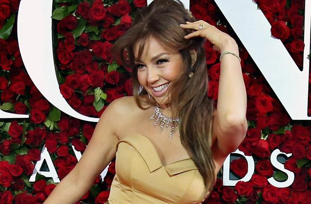 America America Video: ¿Thalía humilla a fan gay en concierto?