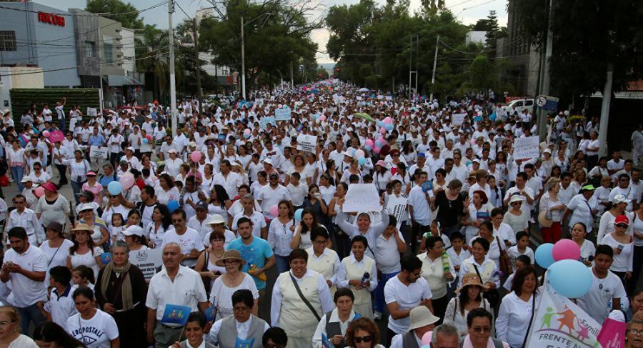 Mexico Mexico Iglesia católica en campaña contra matrimonios homosexuales en México