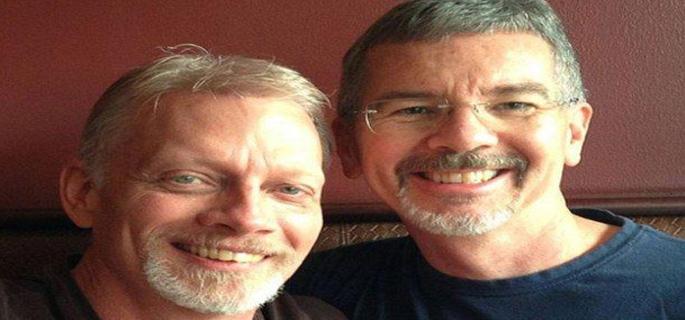 America America Pastor que supuestamente curaba homosexuales se casa con un hombre