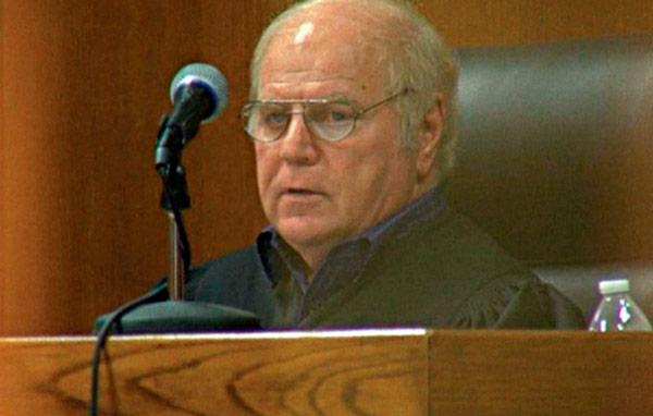 America America Un juez gay rebajó condenas a los presos a cambio de favores sexuales