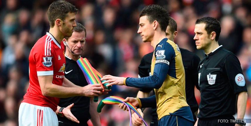 Deportes Deportes Aficionados de la Premier League aprueban a futbolistas gays