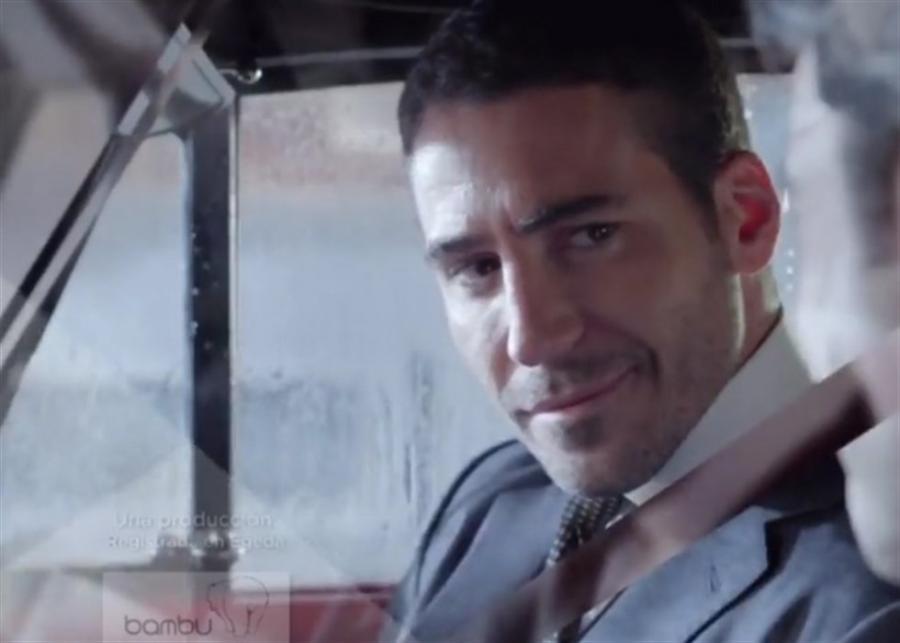 Personajes Personajes Miguel Ángel Silvestre se hace de rogar en 'Velvet'