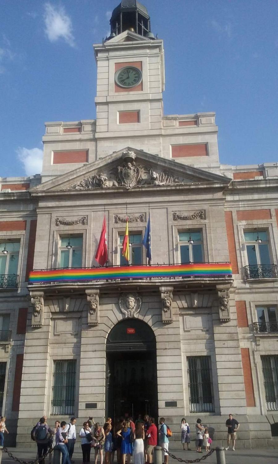 Aprobado por unanimidad declarar Madrid como región 'gay friendly'