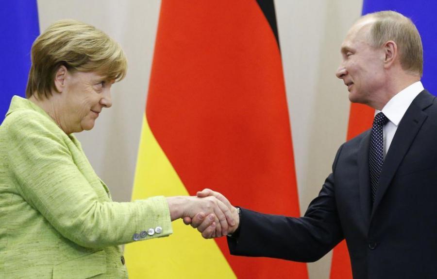 Actualidad Actualidad Merkel pide a Putin que influya en Chechenia para que se respete a los gays