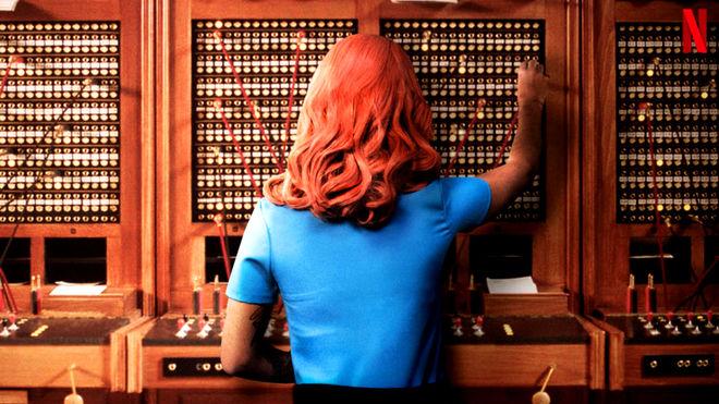 Actualidad Actualidad Las chicas del cable fichan a una operadora travesti para su guiño LGTB