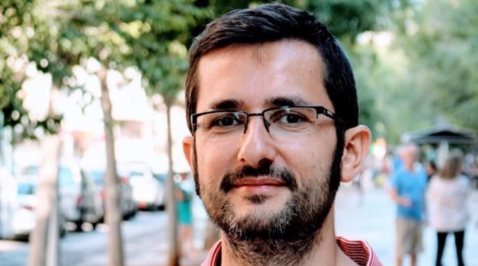 """Actualidad Actualidad El PSOE castiga a un columnista de El Mundo que """"sacó del armario"""" a un concejal"""