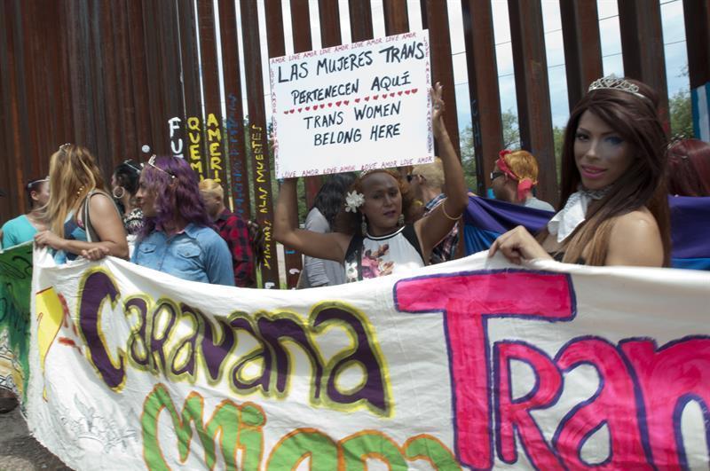 Actualidad Actualidad Caravana de transexuales y homosexuales solicitó asilo en garita fronteriza
